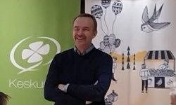 Kansanedustaja Arto Pirttilahti Lempäälässä